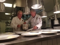 Action i köket