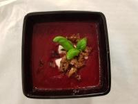 Rödbetssoppan med starka chorizo