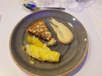 Chokladkaka, ananas och kolakokoskräm